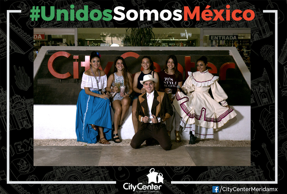 6_Unidos-Somos-Mexico_Andres_Solis_Photo-Opportunity