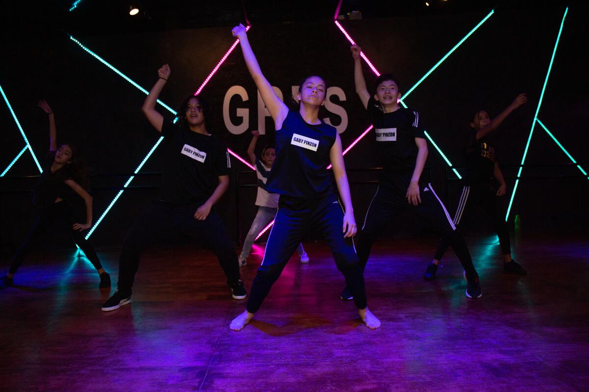 Portafolio-FullFrame-Photomkt-Gaby-Pinzon-Dancestudio-GPDS (1)