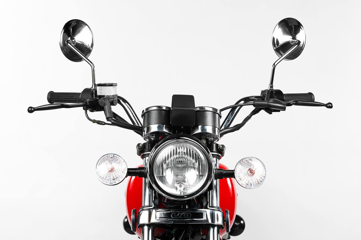FullFrame-Photomkt-Portafolio-UM-Motos-F150-Close-Up (2)